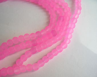 120 bright pink frosted crystal beads 4mm round