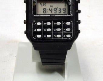 Casio CA-90  Module 134 Calculator Game Watch  Space Invaders