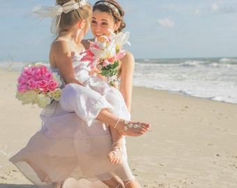 Flower Girl Sandals- Toddler Barefoot Sandals- Mommy and Me outfits- Baby Foot Jewelry- Beach Wedding- Footless Sandals- Barefoot Wedding