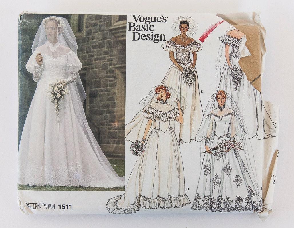 Vintage Vogue's Basic Design Pattern 1511 Wedding Dress