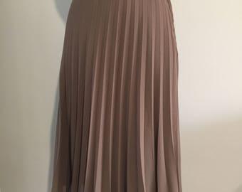 1990's MERCO DAVRON PLEATED Skirt