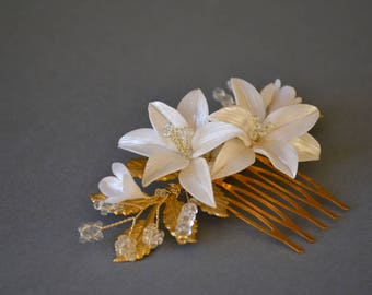 Bridal flower hair comb