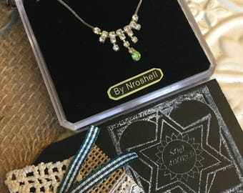 Vintage  Nroshell  Rhinestone - white and lime green stone waterfall necklace -in original box