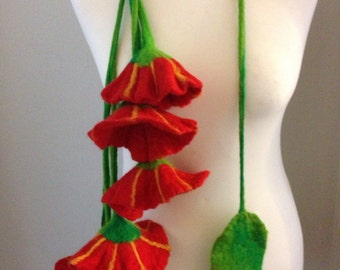 Necklace Felted, Merino Wool, Flowers
