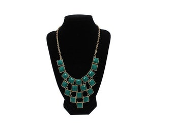 18-21 inch green beaded necklace