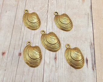 Set of 5 Gold Pewter Charms - Clam Shells - Sea Shells - Seashells