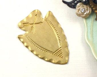 2 large gold ARROWHEAD jewelry embellishments . 29mm x 42mm (S6). Please read description
