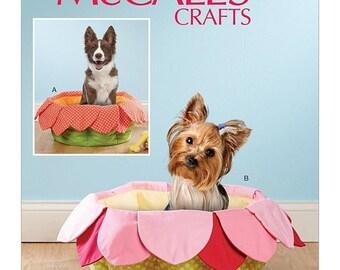 "pattern McCalls 7670 Pet Beds Sewing Pattern, New Uncut 16"" X 8"""