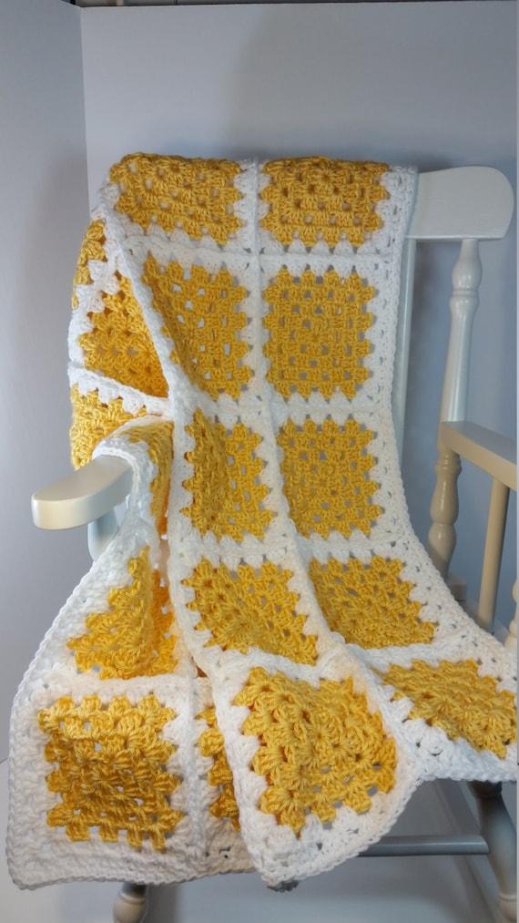 Häkeln Baby Decke gelb weiß Oma Platz Kinderwagen Größe Auto