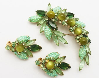Vintage Green Juliana Brooch Earring Set Unusual Design