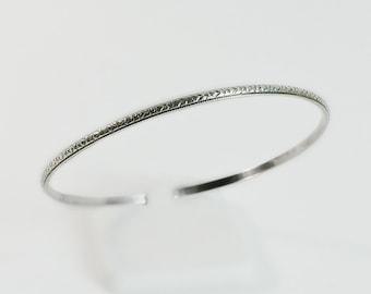 Victorian Sterling Bangle Bracelet - Engraved Bangle Bracelet - Hearts and Dots Bracelet - Vintage Bangle Bracelet - Textured Bracelet