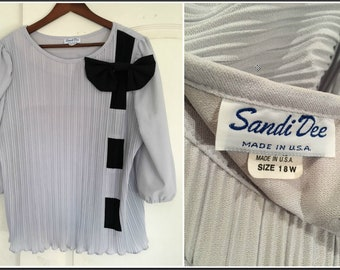 Vintage 1980s Sandi Dee Gray Pleated Blouse with Giant Bow - Size 18