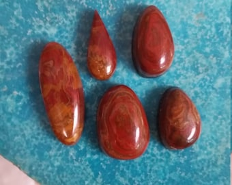 Blood Red Onyx Cabochon Set/ set of 5/ backed