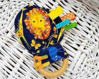 Lion Animal Crinkle Bunny Ear Teething Ring Toy - Safari Animal Baby Toy, Origami Oasis, Natural Teething Remedy, Teether