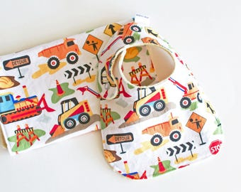 Baby Boy Bib and Burp Cloth Dig It Tot Town