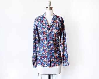 vintage 70s blouse, 1970s disco shirt, long sleeve blue autumn leaf blouse, leaves print button up top, medium/medium large