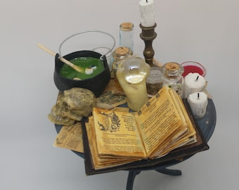 1:12 Dollhouse miniature witches table miniatures