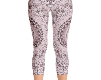 Capris Mid Rise Medallion Print Leggings, Boho Yoga Pants, Bohemian Yoga Leggings, Printed Art Leggings, Fashion Tights