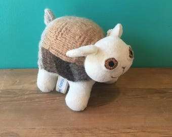 Clover the Sheep-Creatures By Hetty Jean