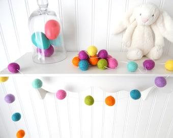 Spring Garland, Easter Garland, Pastel Garland, Easter Decor, Felt Ball Garland, Nursery Decor, Baby Shower, Baby Garland, Pastel Rainbow