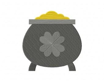 St. Patricks Pot Of Gold Machine Embroidery Design
