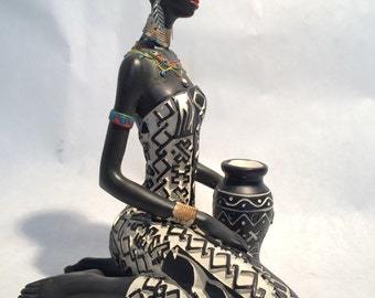 Exceptionnel African Woman Statue Sitting   Kenyan Tribal Art Doll Figurine Sculpture Home  Decoration