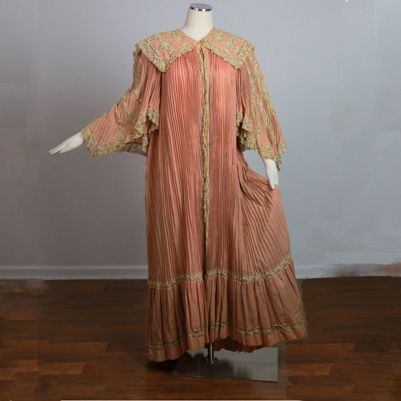 Antique Victorian dressing gown C 1905 elaborate pleated wool