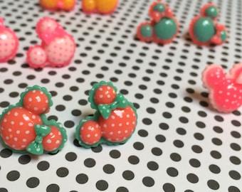 Polka Dot Minnie Mouse Earrings!