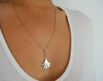 14k Gold Ball Chain Large Fan Charm Necklace
