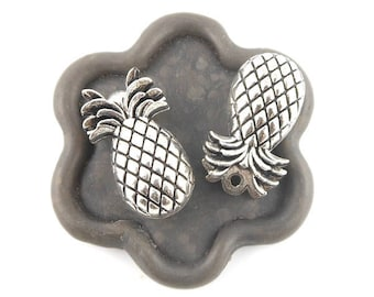 x 6 (306D) 25x15mm silver pineapple pendant charm