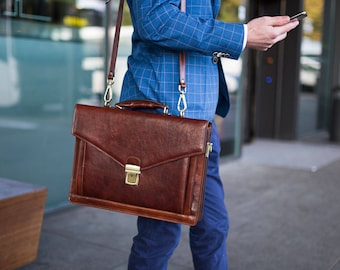 "Mens leather briefcase, Leather messenger bag, 15"" Laptop Bag, Brown Mens Leather bag, Shoulder bag, Graduation gift - The Magus"