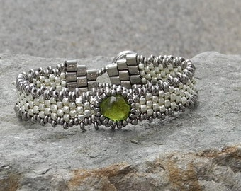 Free Form Peyote Stitch Beaded Bracelet - Bead Weaving -  Peridot Cabochon - Silver Galvanized  BOHO