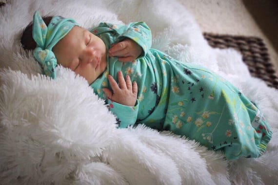 Floral Girl Newborn Baby Gown Aqua Newborn Gown Infant Baby Gown Going Home Outfit Top Knot Hat Flower Hat Headband Girl Outfit Floral