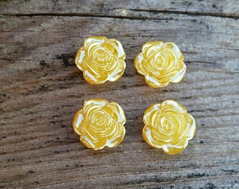 12mm Yellow Pearl Flower Resin Cabochon