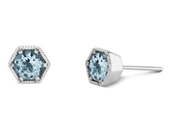 9ct White Gold Aquamarine Stud Earrings