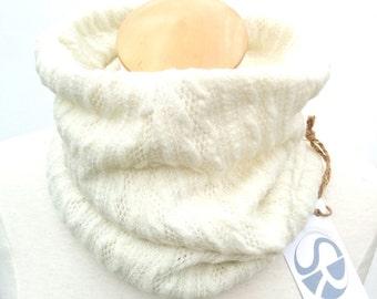 Cowl (scarf)