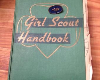 Girl Scout Handbook 1948 w pin