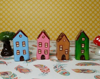 Little clay houses. Miniature collectable home. Ooak handpainted and handmade tiny house. Decorative miniature