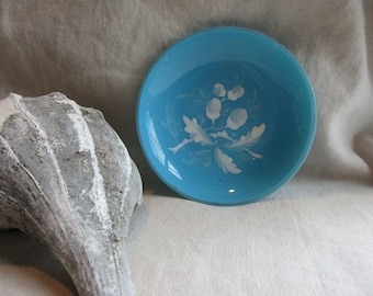 Victorian Mary Gregory Glass Dish