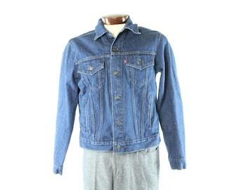 Vintage 80s LEVIS Jeans Jacket Dark Blue Denim Trucker Chore Barn Coat 1980s 44 L Medium M Canada