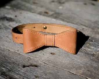 Personalized Leather Bow tie Caramel mens bow tie wedding bow tie Mens Gift groomsmen bow tie monogram bowtie retro Neck-Tie