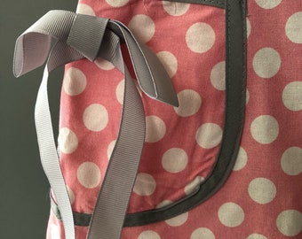 FREE SHIP ! adorable retro pink and white polka dot apron makes cooking fun! Just kidding it does not lol