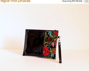ON SALE Bedouin embroidery black wrislet clutch bag , Black faux patent leather clutch ,  Evening bags, Purse SALE!