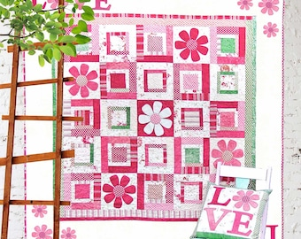 All you Need is Love Printed Quilt Pattern | Quilt Patterns | Quilts | Floral Quilts | Applique Quilts | Valentine | Log Cabin Quilt