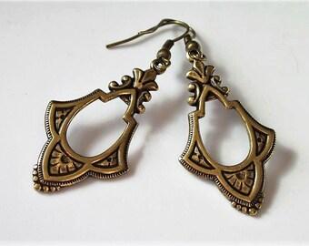 Victorian Dangle Earrings, Brass Metal Ornate Earrings, Elegant Jewelry, Antiqued Gold Dangle and Drop, Vintage Style