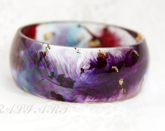 Bracelet resin colored feathers, purple feathers, Bangle resin colored feathers, Christmas gift, Bracelet gold flakes