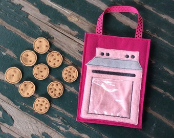 Oven and Chocolate Chip Cookies , Busy Bag , Educational Counting Toy , Felt Play Set