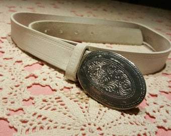White leather Cowboy belt with  buckle /white western belt for women/white leather belt with western buckle/cowgirl belt/country belt buckle