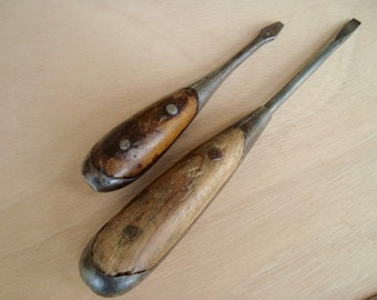 Old Wooden Handled Screwdrivers