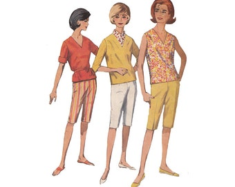 Simplicity 4946 Vintage 60s Shorts with Overblouse Bust 32 V Neck/Sleeve Options/Knee Shorts/Bermuda Shorts/Cabin Boy Shorts